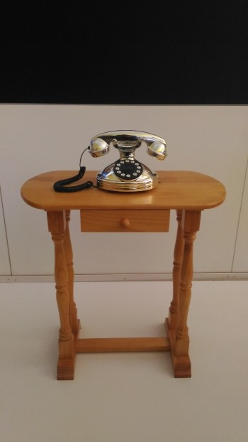 TELEFONONERA MESA AUXILIAR MADERA COLOR PINO. ENVIOS EN 72 HORAS