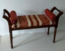 banqueta dormitorio clasica
