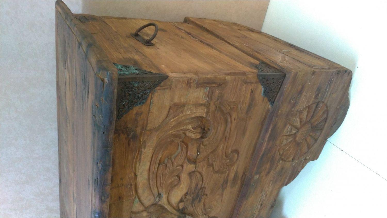 Baul arcon madera fabricado en madera reciclada, alto 88 x ancho 110 x fondo 55